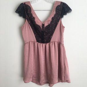 Eyeshadow Babydoll Lace Cap Sleeve blouse